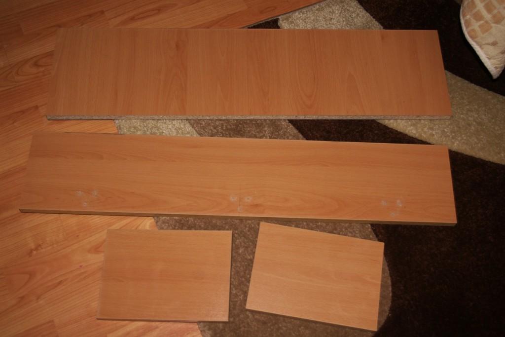 Дупчене на плоскостта за закрепване на ъгълчетата
