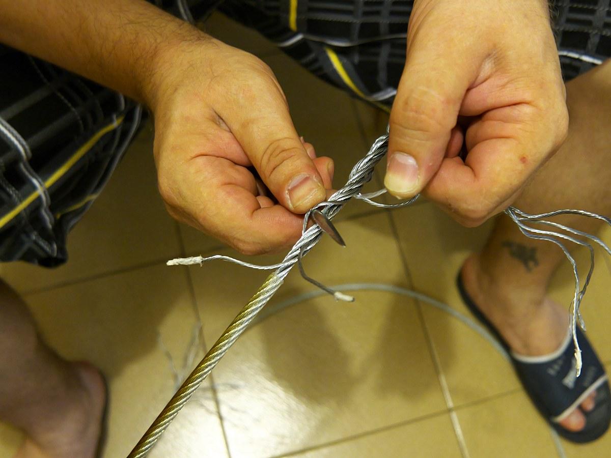сплитане на стоманено въже